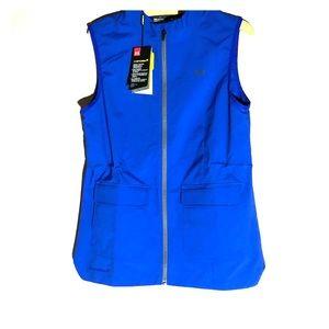 UNDER ARMOUR Women's windbreaker vest.